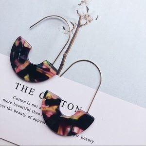 Jewelry - 🌸BaubleBar Style Faidra Resin Drop  Earrings